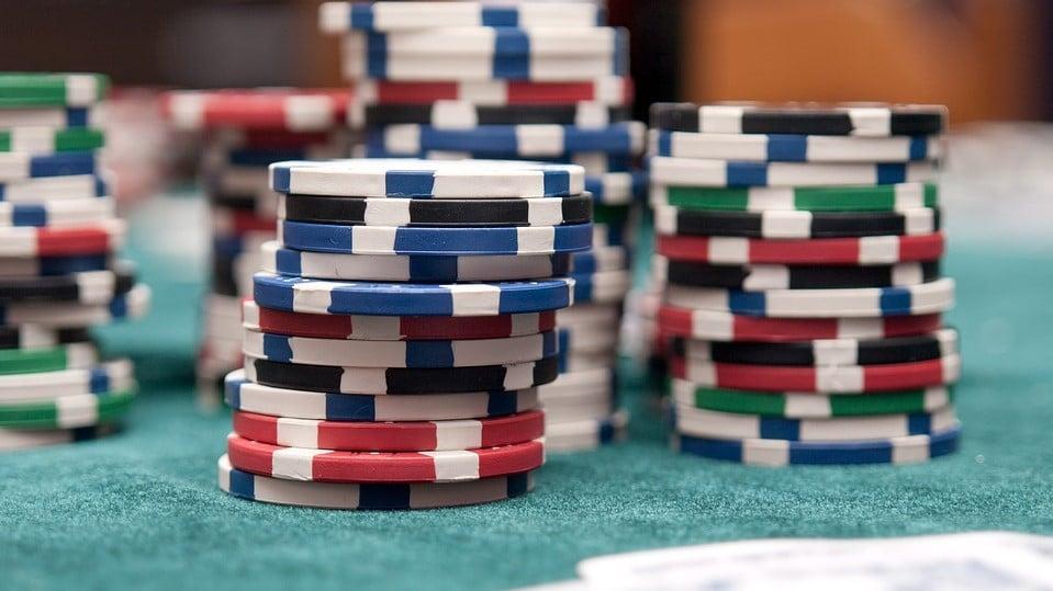 Poker para iniciantes: as melhores ferramentas de poker para ser tornar um Shark!