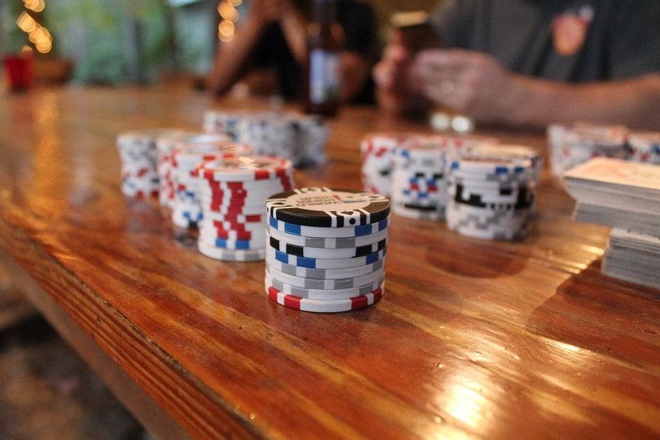 Torneio de poker em casa: dicas para organizar o seu Home Game.